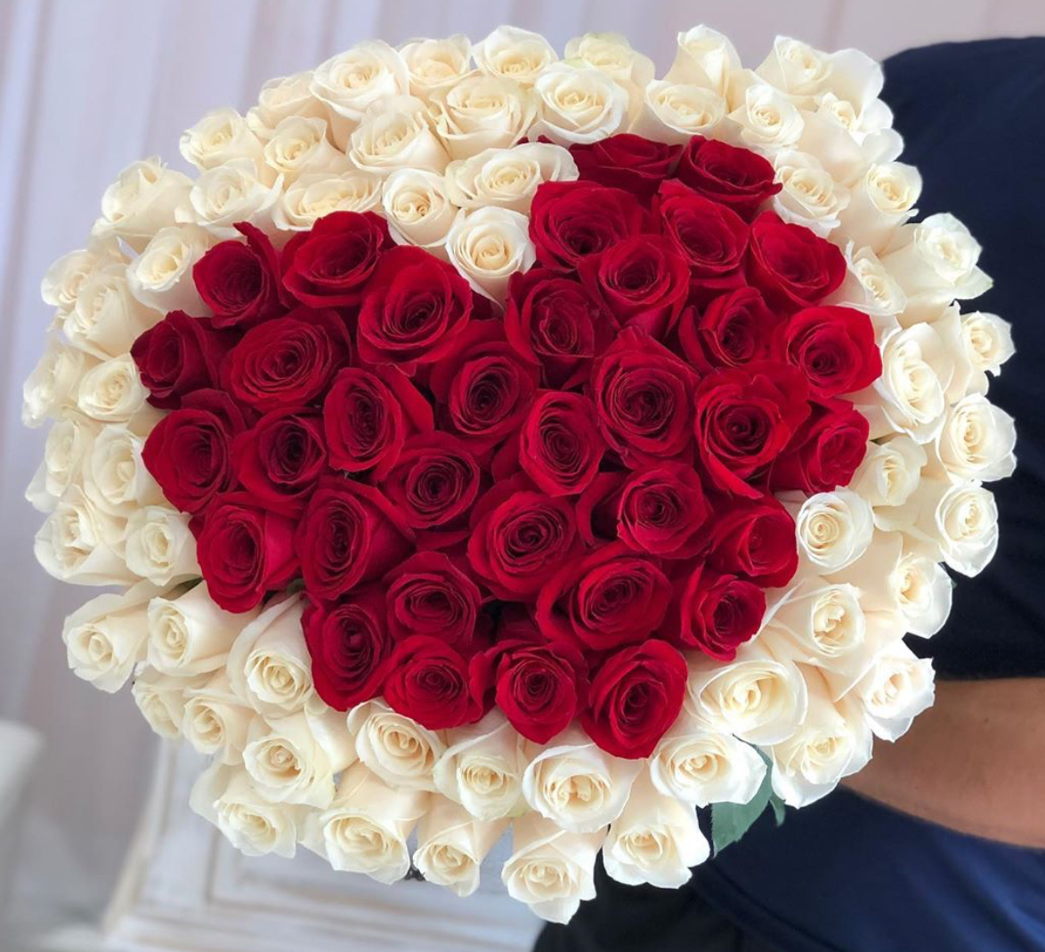 Фото букета роз в виде сердца